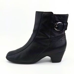 Clarks Dara Black Leather Ankle Boots Womens 8M